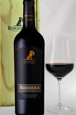 Ridgeback Shiraz 2014 - Magnum 1,5 l in a wooden box